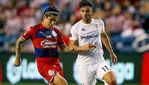 Fiorentina y Chivas se enfrentaron por la International Champions Cup