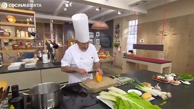 Karlos Arguiñano prepara crema de acelgas