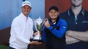 Pepperell (derecha) se llevó el Masters Británico, promovido por Justin Rose