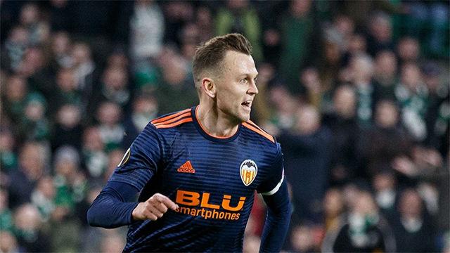 El Valencia vuelve de Escocia con los deberes hechos