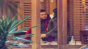 Aurah Ruiz y Omar Montes, pillados besándose en un restaurante en público | Mujer Hoy