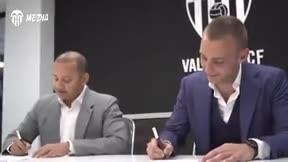 Cillessen ya es jugador del Valencia