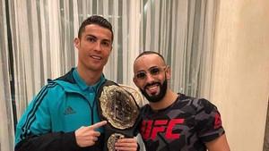 Cristiano Ronaldo, junto a Ottman Azaitar