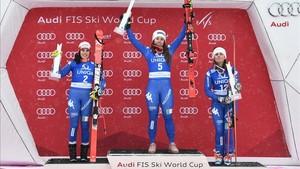 Goggia, Brignone y Fanchini, en el podio
