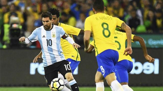 El gol de Mercado en el Brasil - Argentina (0-1)