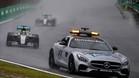 Hamilton, tras el coche de seguridad en Brasil