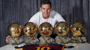 Los cinco balones de Oro de Messi hacen líder al Barça