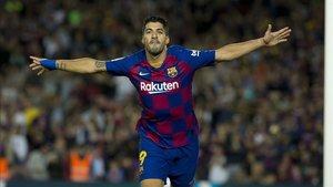 Luis Suárez abrió la lata con un golazo de chilena