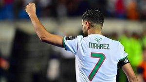 Mahrez se perdió la Community Shield por temor al control antidopaje