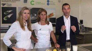 María Antonia Lizarraga, en el centro, es la responsable de nutrición del FCBarcelona
