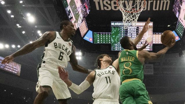 Milwaukee se hace fuerte en casa para continuar más líder