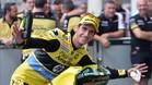 Rins celebra su éxito en Le Mans