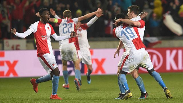El Sevilla naufraga en la prórroga y se despide de la Europa League