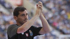 No solo el fútbol pone en valor la trayectoria de Casillas