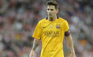 La última vez que Messi lució el brazalete, de salida, fue en San Mamés. En el partido de ida de la Supercopa de España