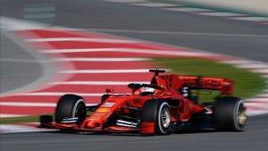 Vettel, el más rápido por la mañana en el Circuit