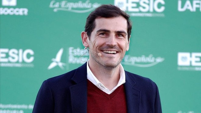 Paco Díez elogia a Iker Casillas