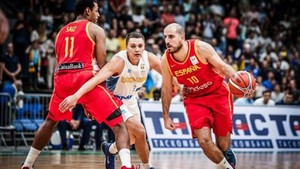 España cedió su primer partido en la fase de clasificación