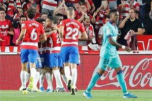 El Granada sorprende al Barça en la primera jugada (ES)