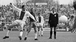 Imagen de Johan Cruyff en el día de su debut profesional con el Ajax de Ámsterdam