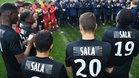 Los jugadores del Nantes en el homenaje a Sala