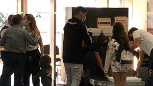 Luis Suárez y su familia ya vuelan hacia Madrid