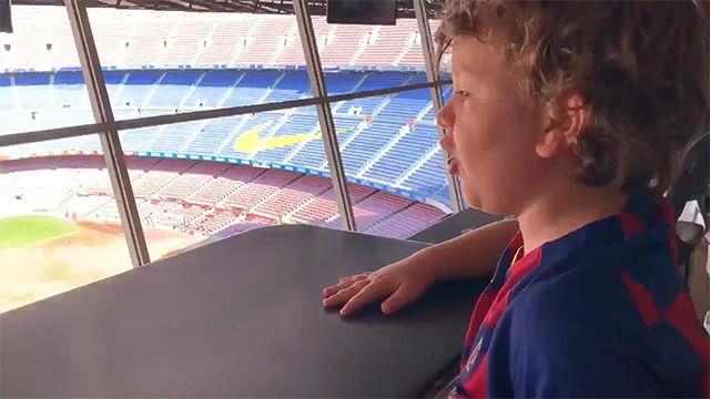 El vídeo que define la evolución del fútbol femenino: ¡Tremenda narración de este joven aficionado!
