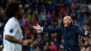 Zidane, en un momento del encuentro disputado en Madrid