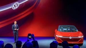 El presidente de la Junta Directiva de Volkswagen, Herbert Diess, presenta el nuevo I.D. Vizzion