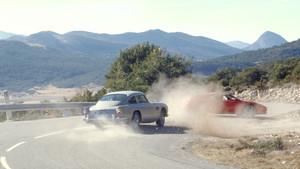 El Aston Martin DB5 en una escena de la película GoldenEye de 1995.
