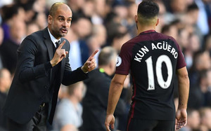 Agüero ha dejado de ser indiscutible a ojos de Guardiola tras la eclosión de Gabriel Jesus
