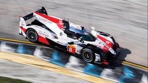 Alonso, a los mandos del Toyota en Sebring