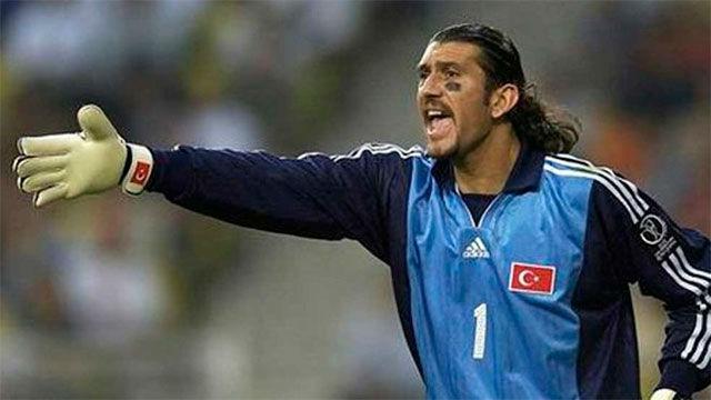 Así fue la carrera profesional de Rustu, exguardameta del Barça