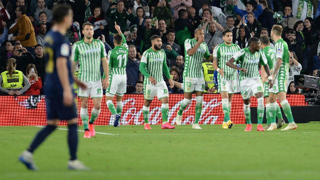 Así fue la victoria del Betis sobre el Real Madrid que le devuelve el liderato al Barça