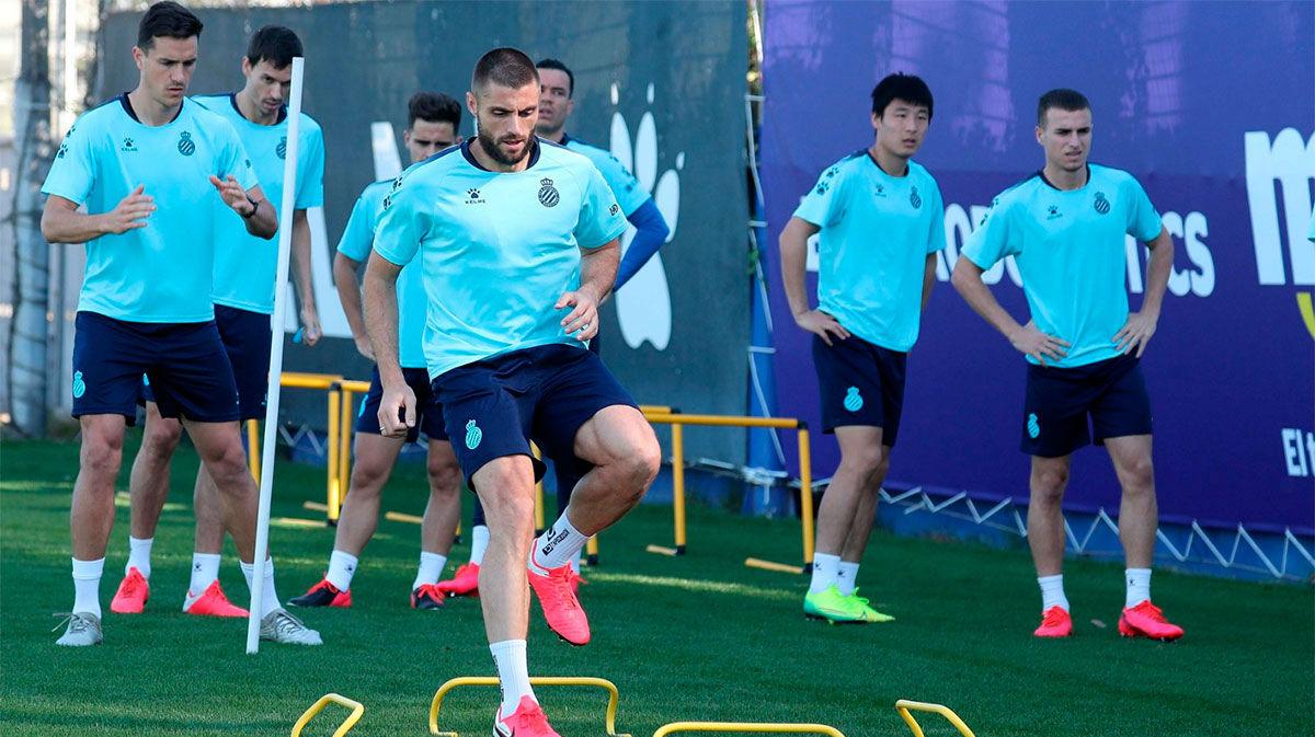 Así ha sido el primer entrenamiento del Espanyol en grupo tras el parón