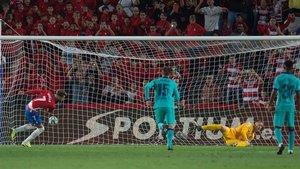 El Barça encajó el 2-0 de penalti, materializado por Vadillo