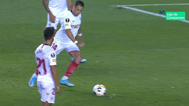 Chicharito se estrena como goleador del Sevilla con un espectacular lanzamiento de falta