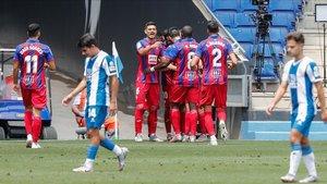 El Eibar derrotó al Espanyol por 0-2 con un doblete de Edu Expósito