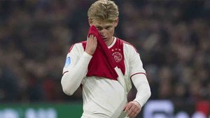 De Jong acabó lesionado