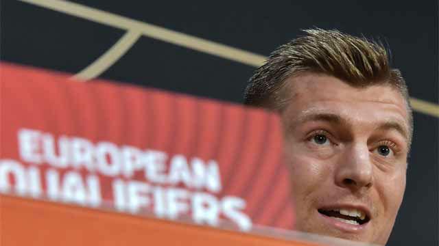 Kroos sigue su guerra con Schuster: Estaba esperando este momento