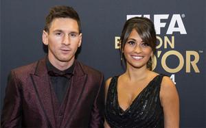 Leo Messi y Antonella Rocuzzo durante la gala del Balón de Oro