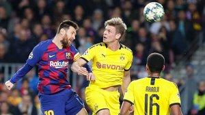 Messi, en una acción del FC Barcelona - Borussia Dortmund, en el que el equipo azulgrana logró la victoria 99 en el Camp Nou en Champions League