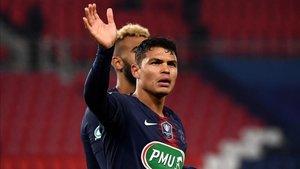 Thiago Silva, capitán del PSG, podría salir este verano