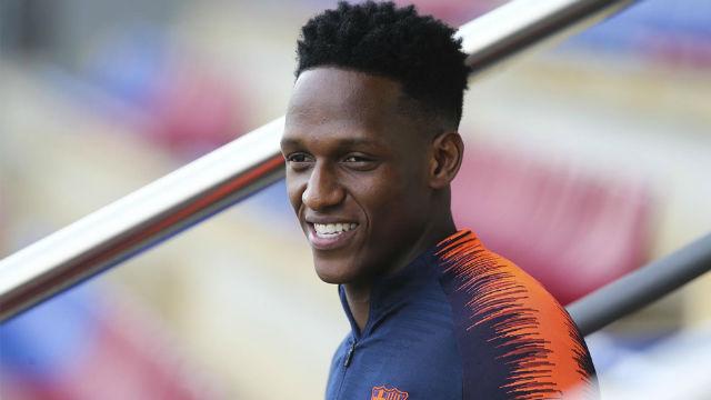 El United desembarca en Barcelona para llevarse a Yerry Mina