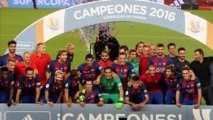 El 17 de agosto del 2016 el Barcelona ganó el primer título de la temporada