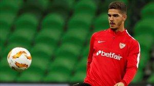 André Silva ha sido el primero de los internacionales en volver a Sevilla