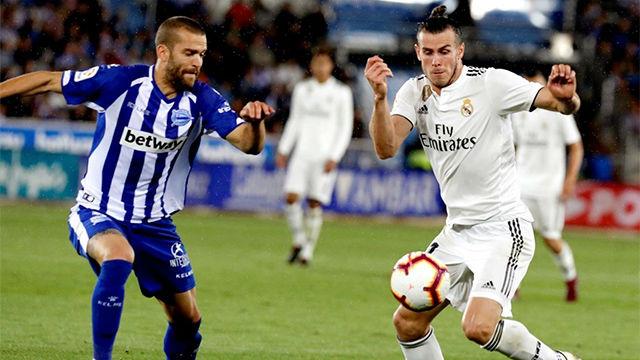 Bale volvió a salir lesionado de un partido en el que tampoco destacó