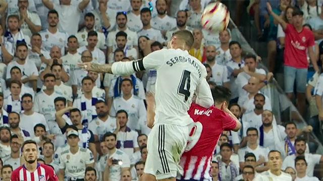 Con Ramos no hay VAR que valga: barra libre de codazos