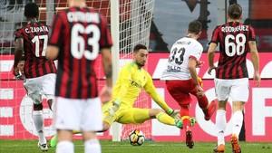 Iemmello logró el gol de la victoria campana a los 29 minutos.