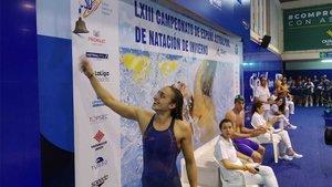 Lidón Muñoz toca la campana de uno de sus récords
